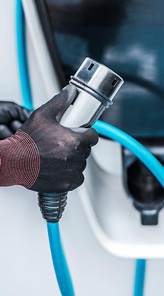 Instalación de cargadores eléctricos para vehículos en Madrid