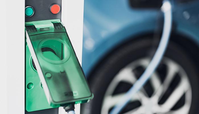 Instalación de punto de carga para coches en España y Portugal